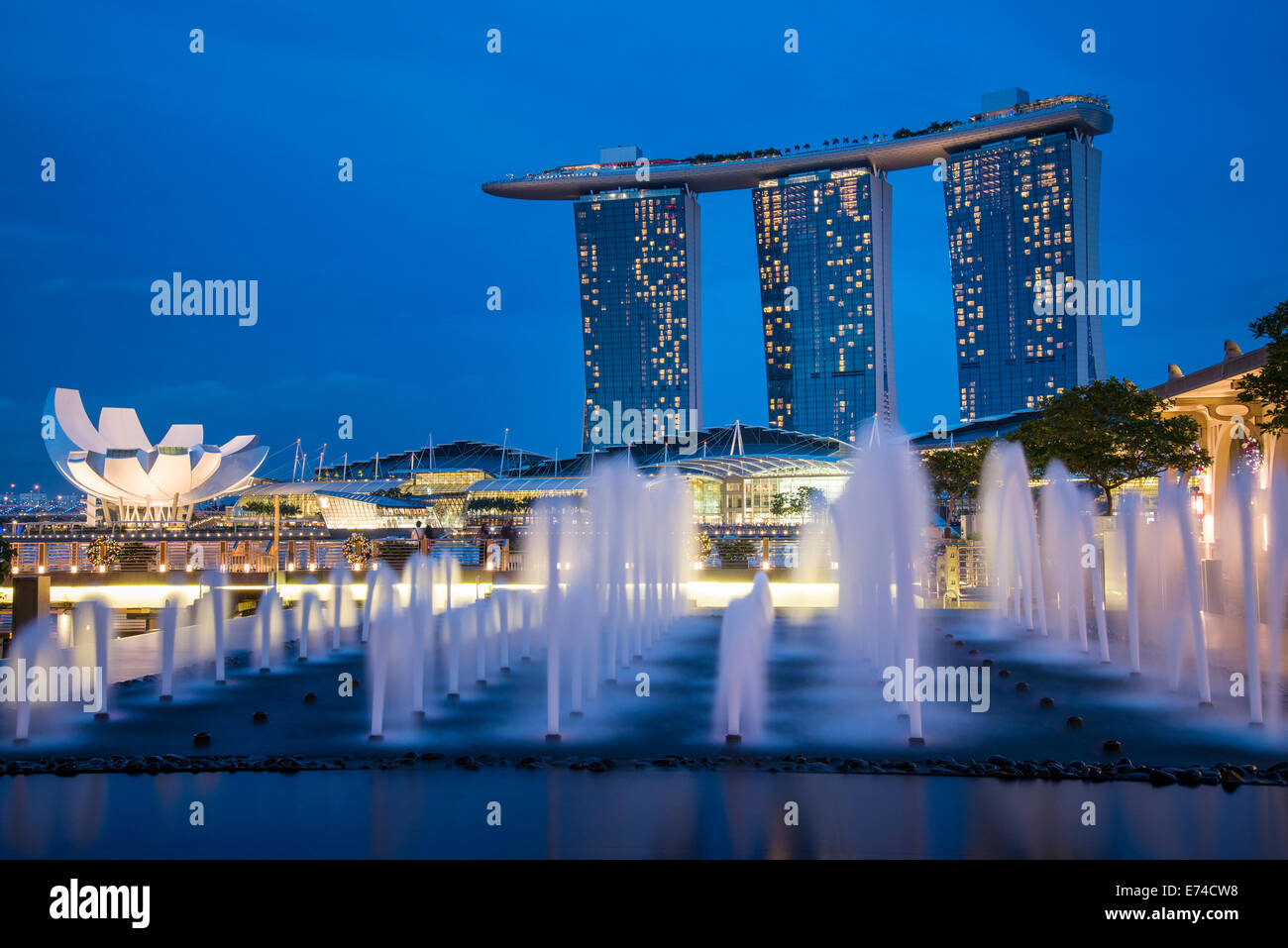 Marina Bay Sands Singapore in Blue Hour - Stock Image