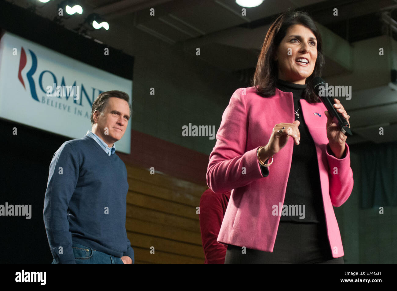 South Carolina governor Nikki Haley holds a campaign rally with Mitt Romney in Derry, NH. 01/07/2014 - Stock Image