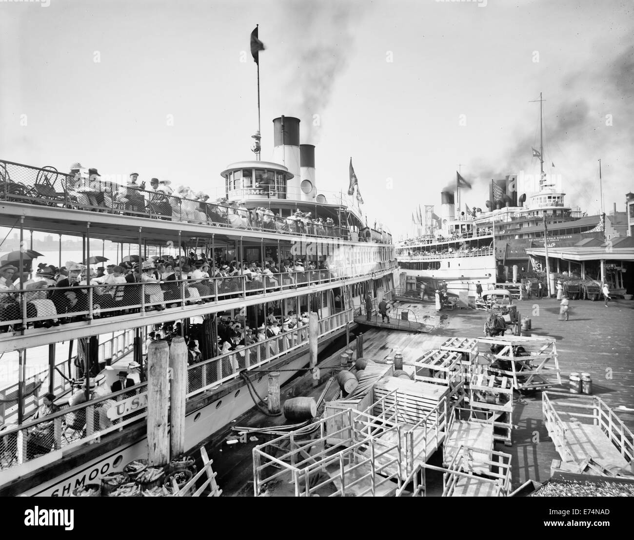 White Star Line dock, Detroit, Michigan, circa 1915 - Stock Image