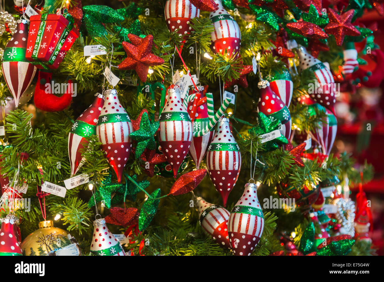 Colourful Red, Green And White Christmas Decorations On A Xmas Tree In A  Display In A Shop In New York City, USA