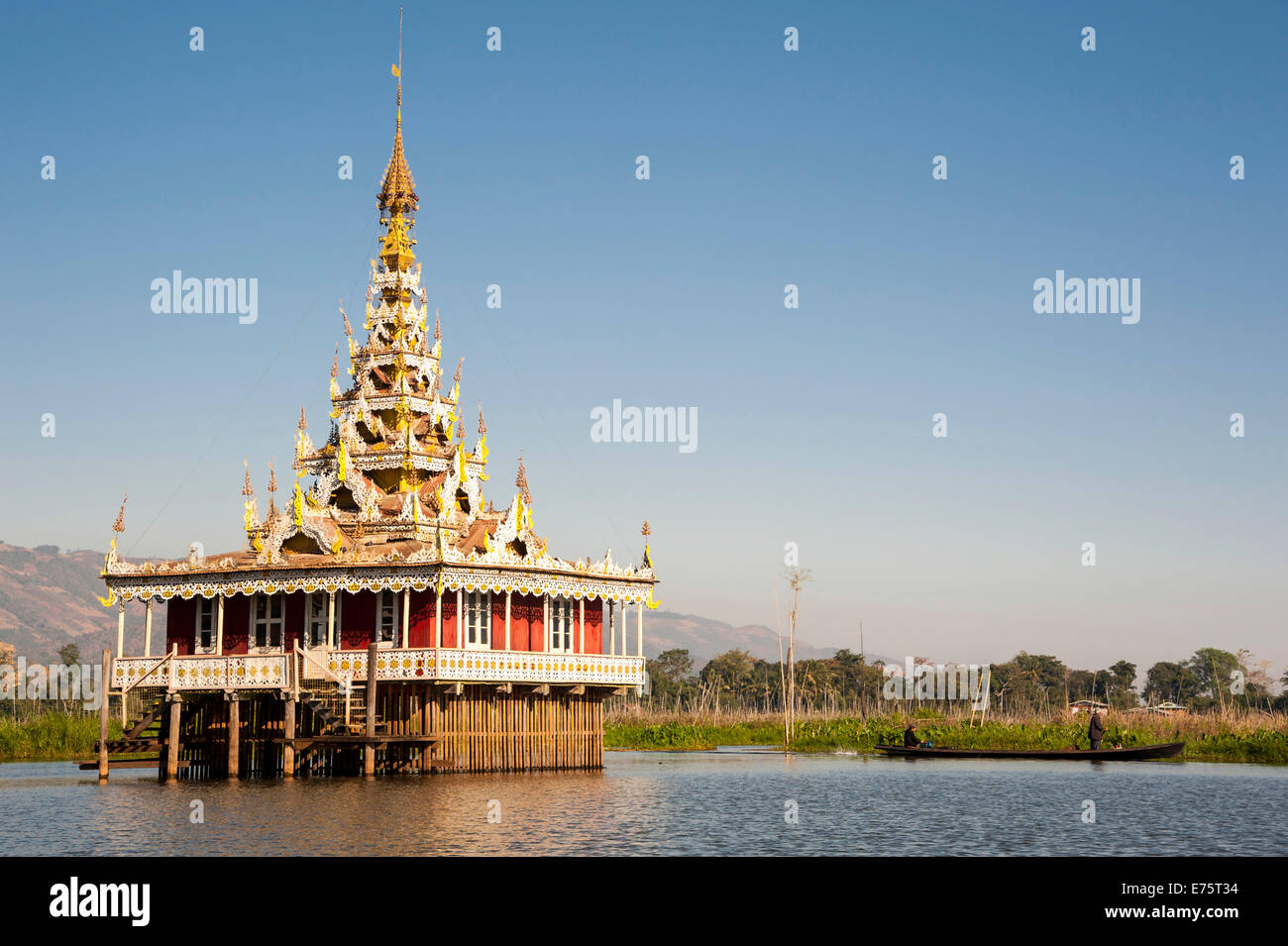 Temple in the water, Inle Lake, Shan State, Myanmar - Stock Image