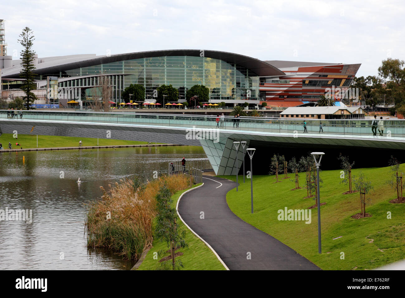 The Convention Centre and footbridge across the River Torrens in Adelaide Australia - Stock Image