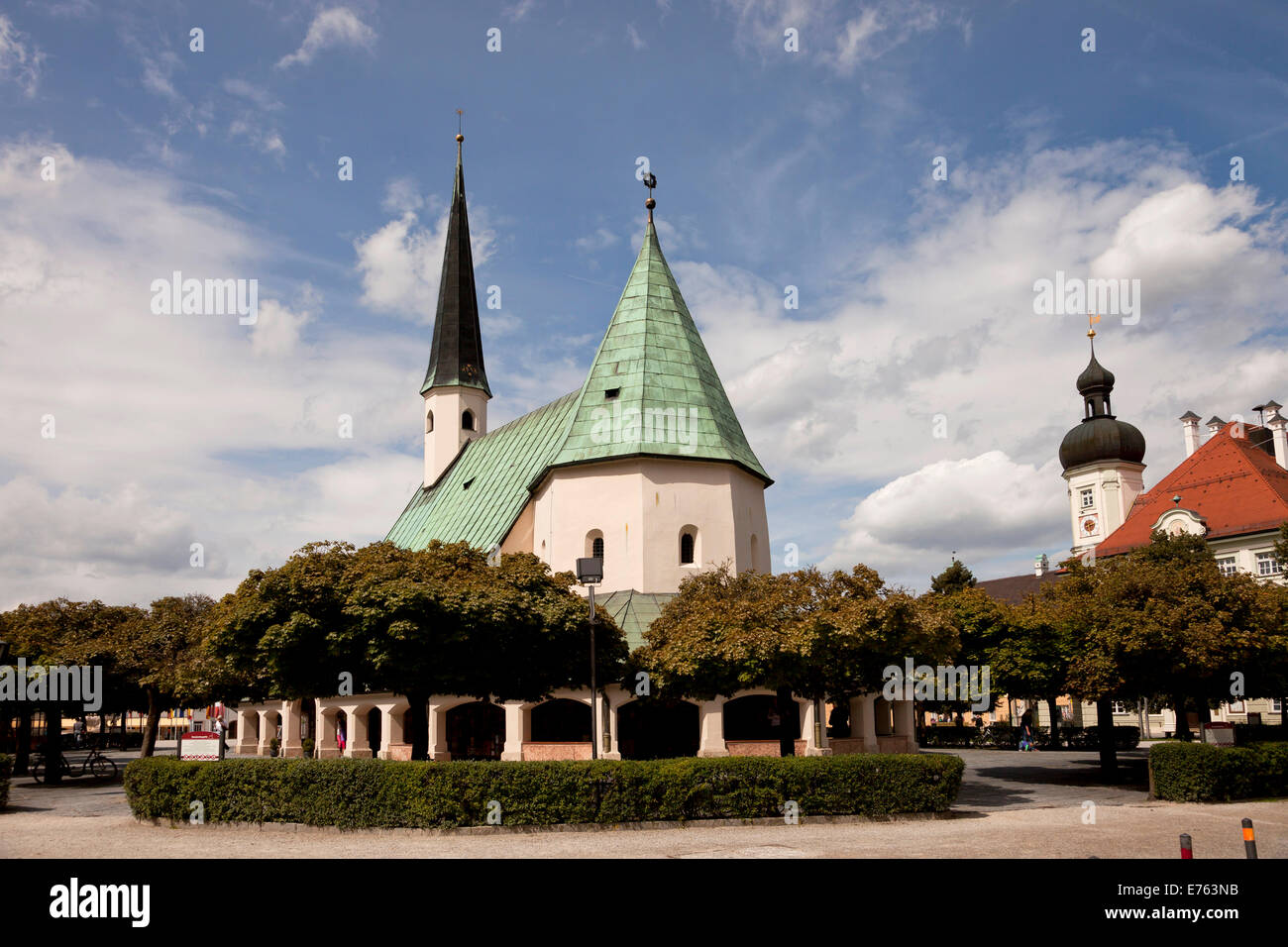 the Chapel of Grace and Town Hall on Kapellplatz square in Altoetting, Upper-Bavaria, Bavaria, Germany, Europe - Stock Image