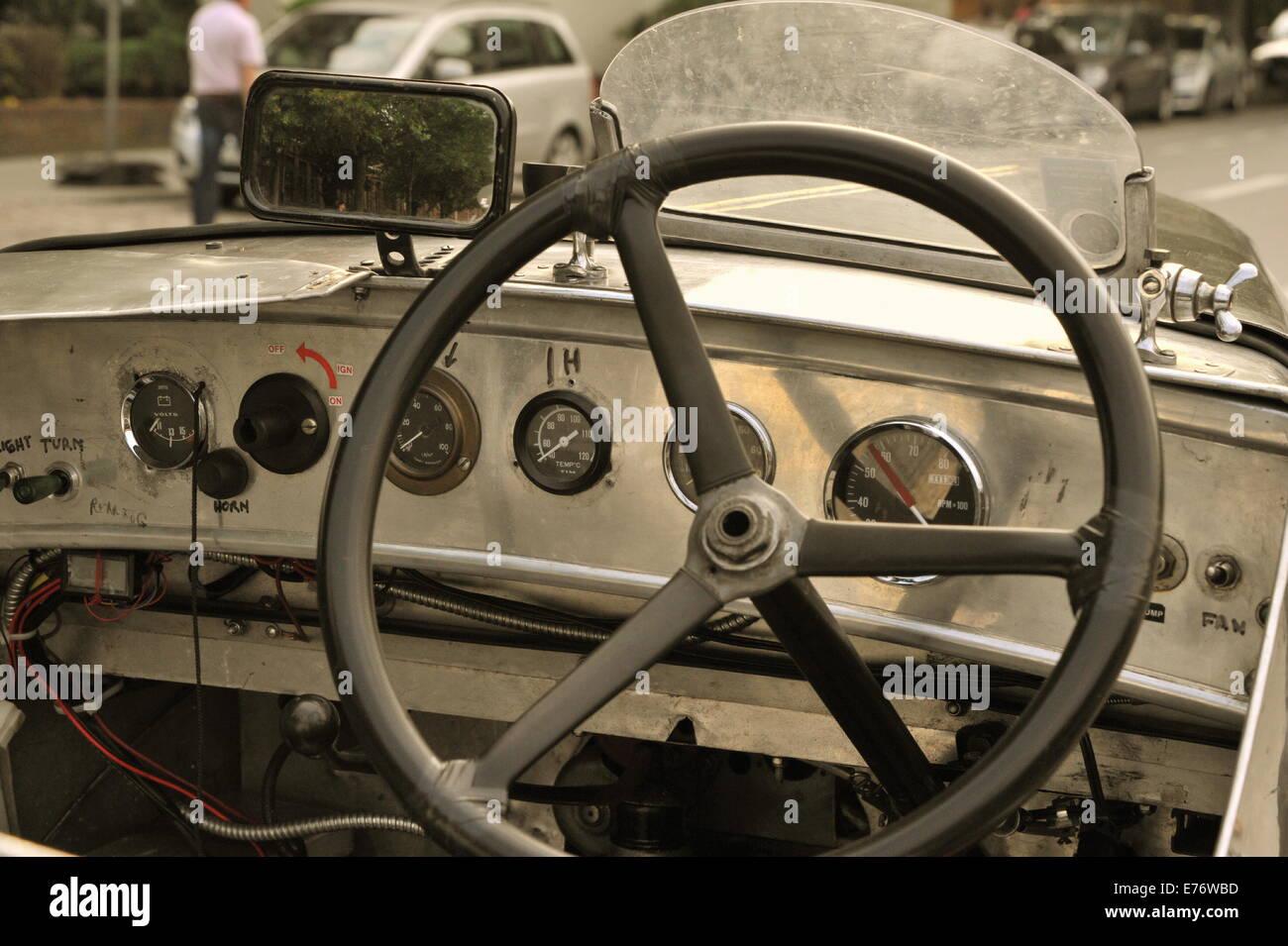 Oldtimer-Cockpit, Hamburg, Deutschland. - Stock Image