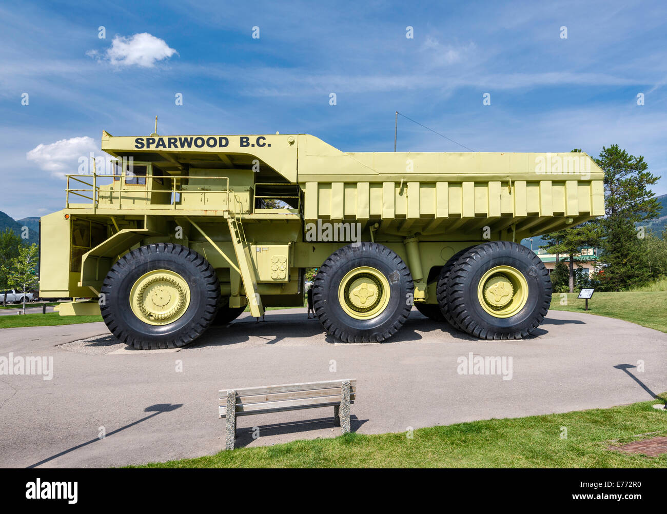 terex titan haul truck for open pit mines the largest truck in the stock photo 73299940 alamy. Black Bedroom Furniture Sets. Home Design Ideas