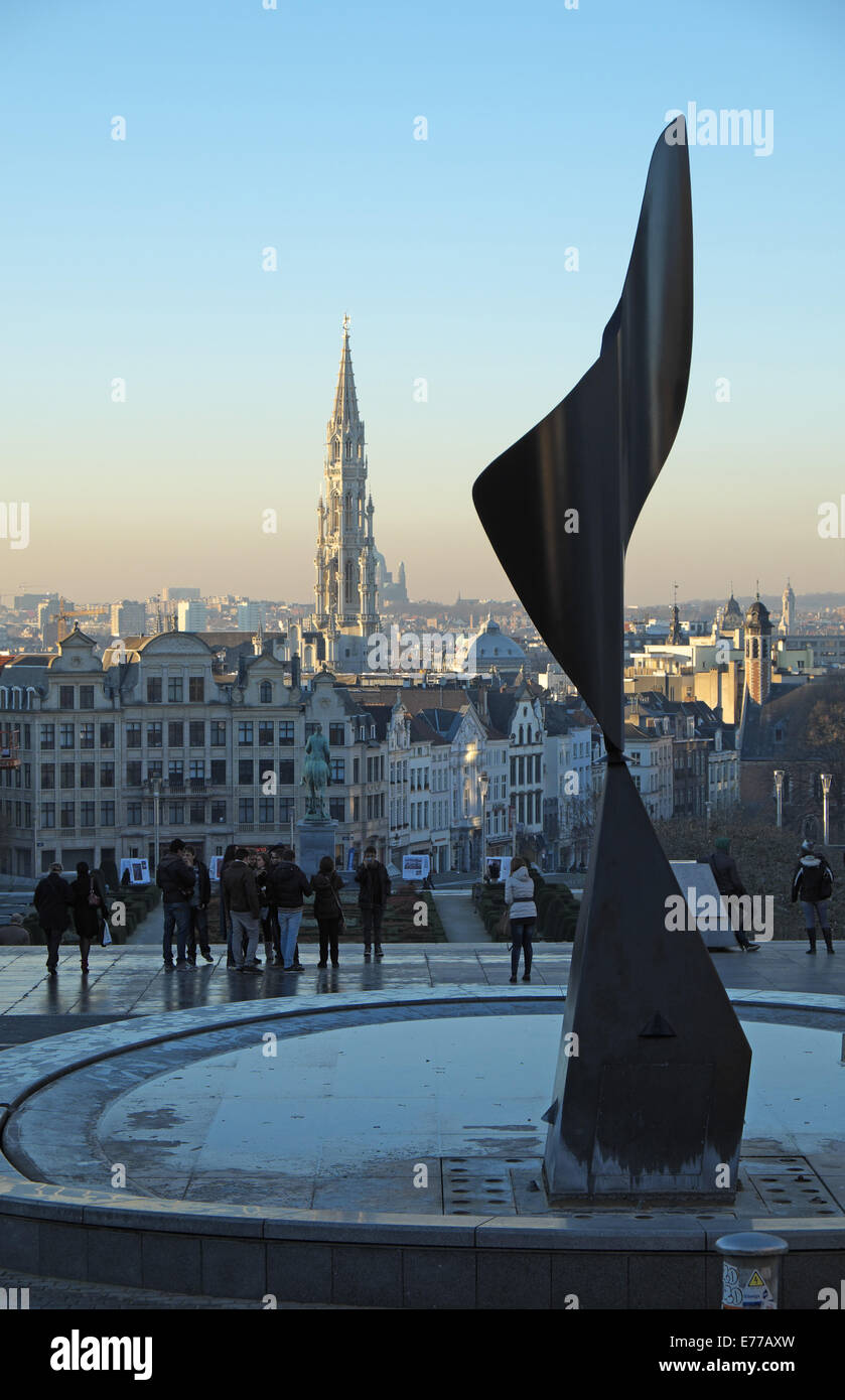 'Whirling Ear' sculpture with the tower of La Maison du Roi, The Grand Place, seen from Coudenberg, Brussels, - Stock Image