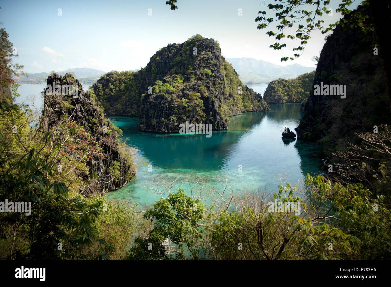 Sea And Limestone In Coron Island Palawan One Of The Best