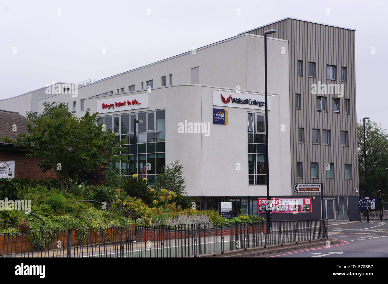 walsall college - walsall UK - Stock Image