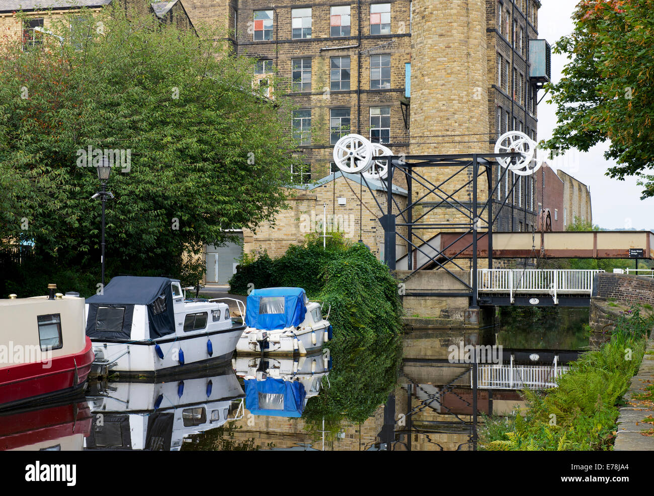 The Huddersfield Broad Canal in Huddersfield, West Yorkshire, England UK - Stock Image