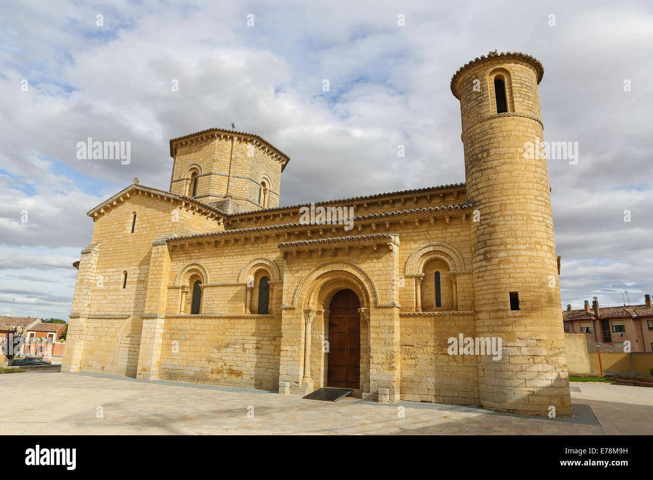 Famous Romanesque church of St Martin of Tours (11th Century) in Fromista, Castille and Leon, Spain. Stock Photo