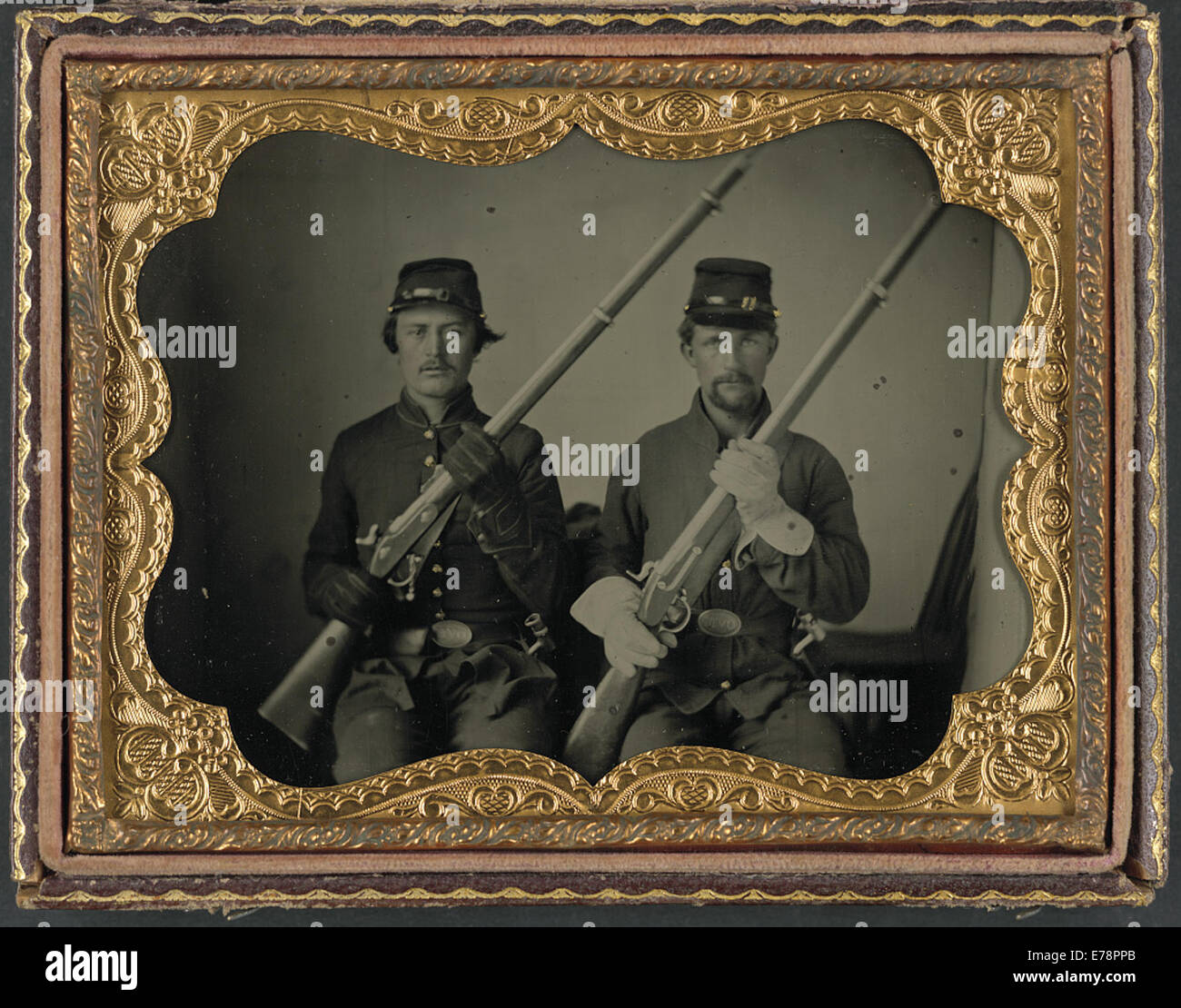 [Two soldiers identified as Wesly Scott and LP Nash - Stock Image
