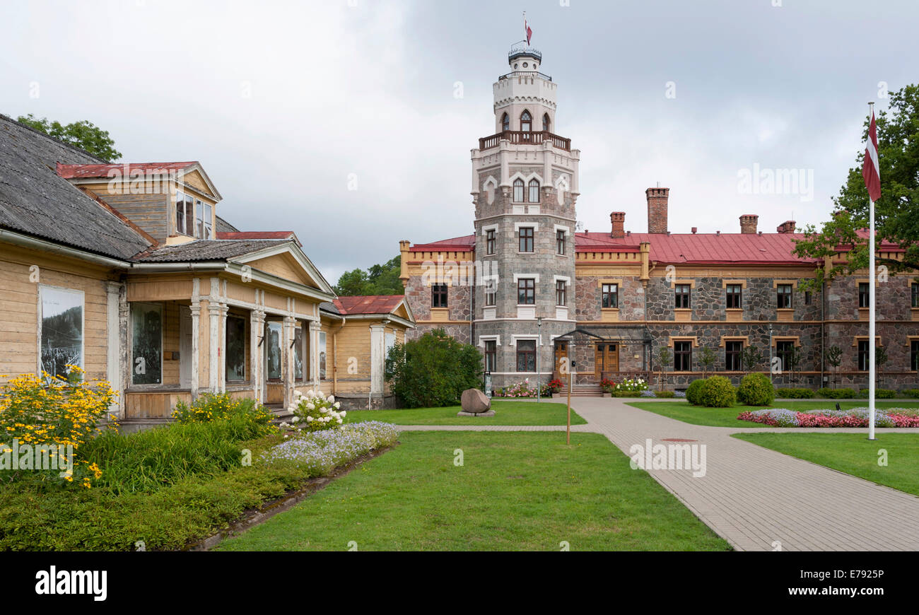 New Castle, built in 1881 as a residence to the manor, Gothic Revival style, since 2003 the seat of the district - Stock Image