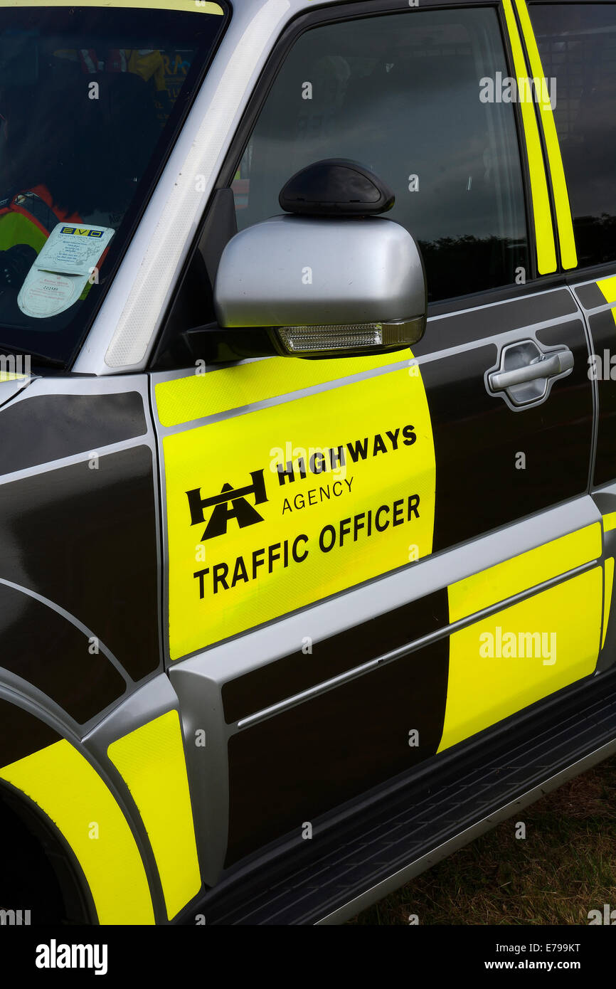 ENGLISH HIGHWAYS TRAFFIC OFFICER'S VEHICLE - Stock Image