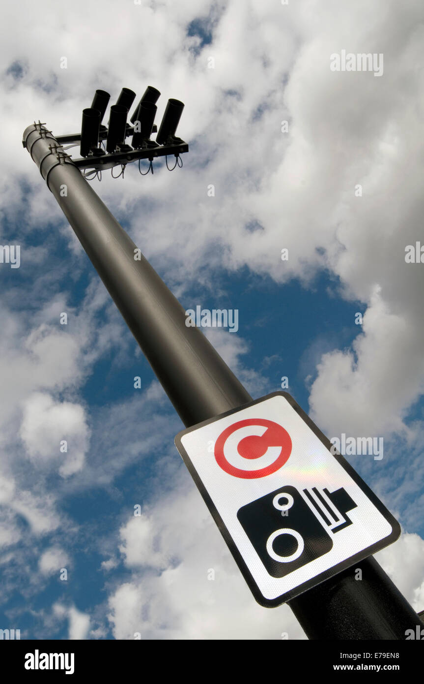congestion charge charging zone zones camera cameras enforcement pay paying - Stock Image