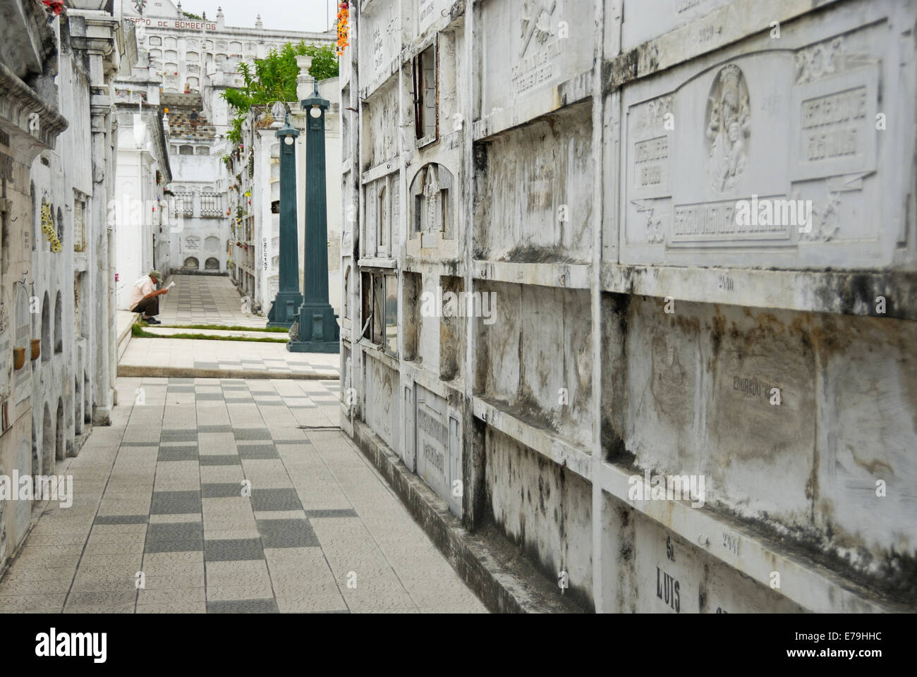 Graveyard at La Ciudad Blanca or White City cemetery, Guayaquil, Ecuador, South America - Stock Image