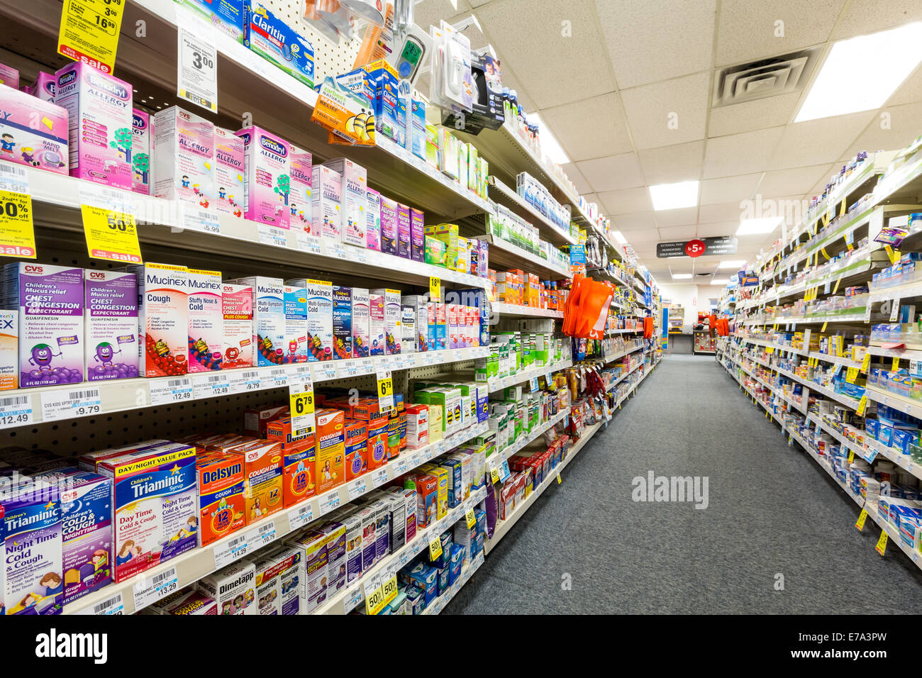 pharmacy counter stock photos pharmacy counter stock images alamy