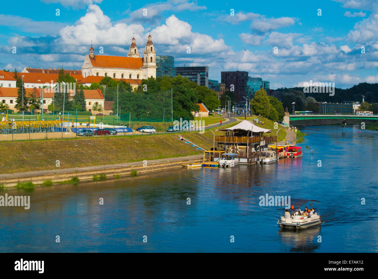 Neris riverside, with Snipiskes district in background, central Vilnius, Lithuania, Europe - Stock Image
