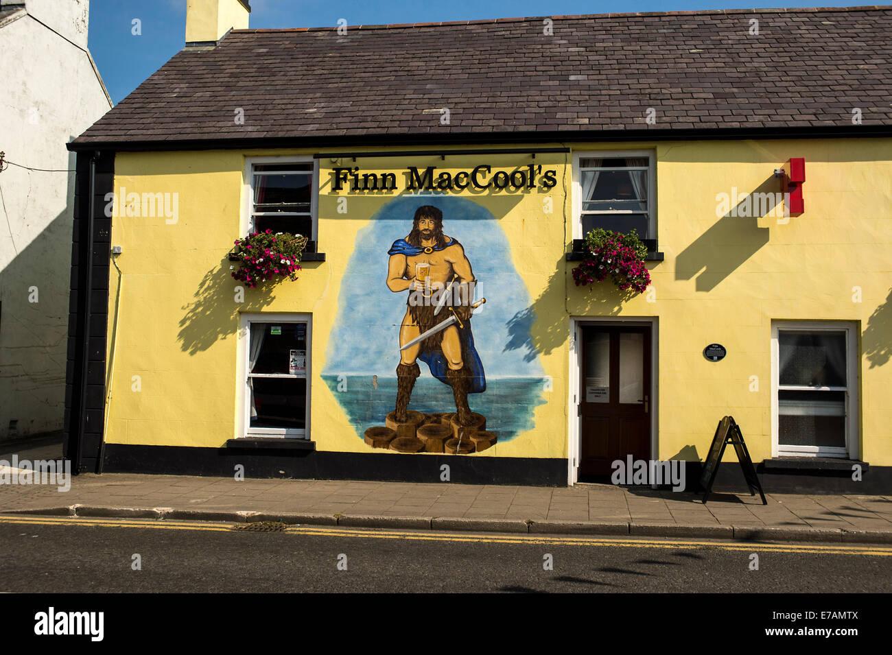 Exterior of Finn MacCool\'s Irish pub, Bushmills, County Antrim Stock ...
