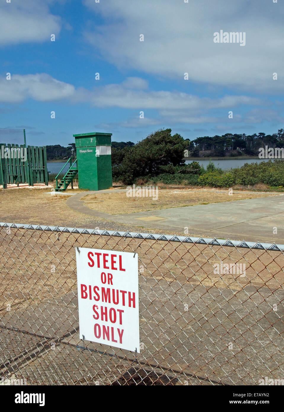 Non toxic or Bismuth shot only sign at shotgun range - Stock Image