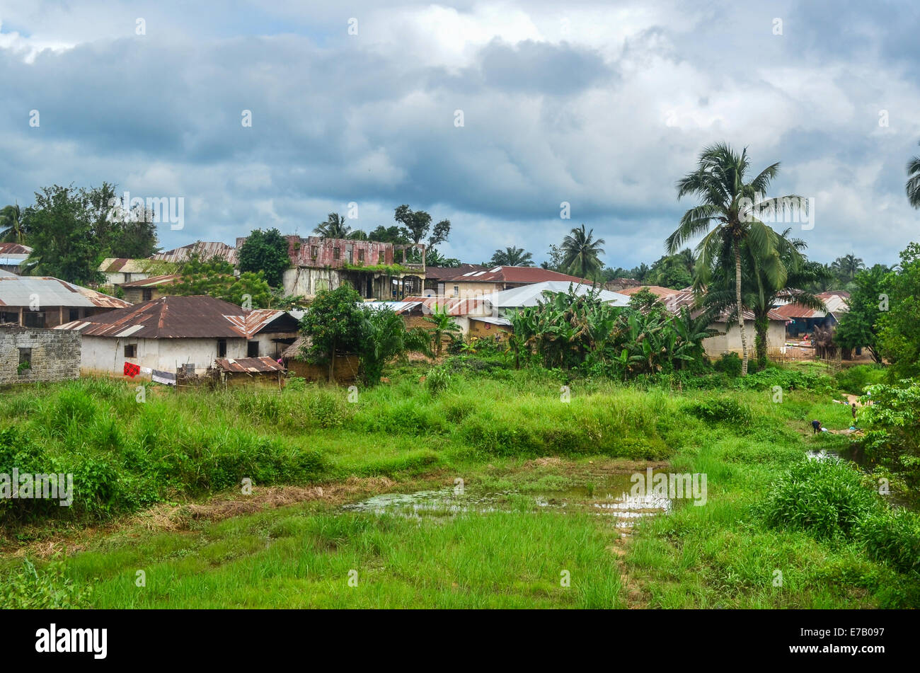 Small town of Potoru, by a river, in the east of Sierra Leone, not far from the border with Liberia - Stock Image