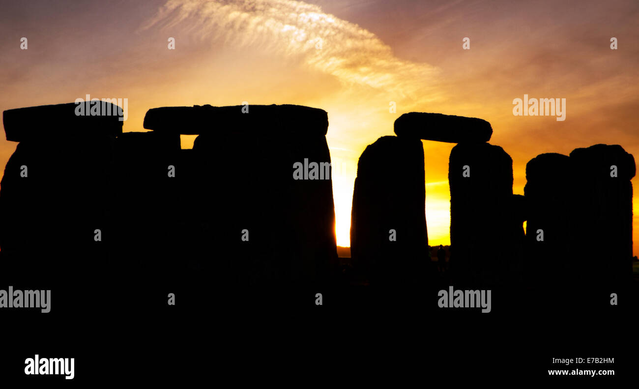 Stonehenge, Wiltshire, England, UK, at dusk, UNESCO World Heritage Site, attraction, ruins, stone, Britain, heritage, Stock Photo