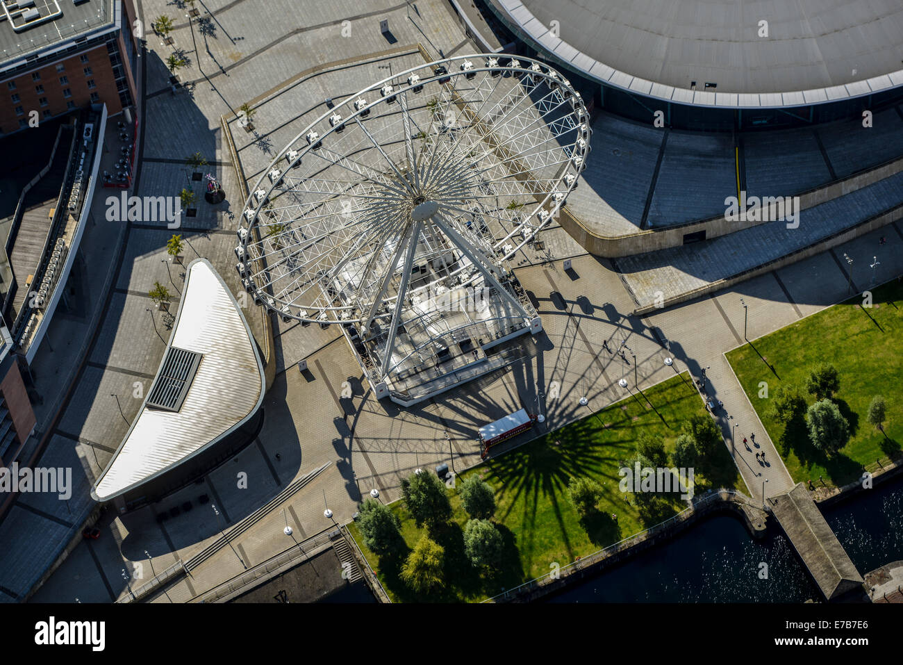 A close up aerial view of the Liverpool Echo Wheel. - Stock Image
