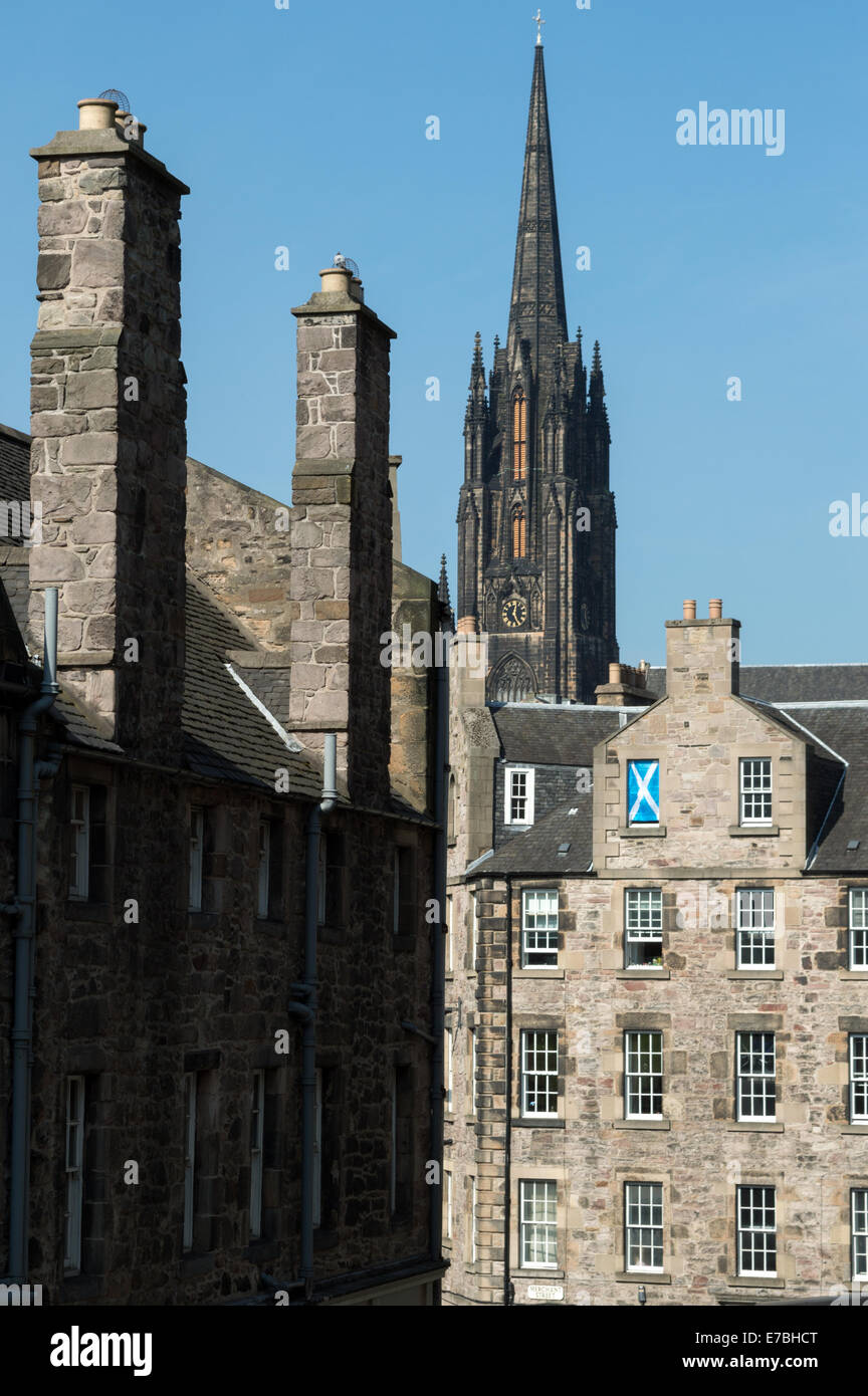 Looking down Candlemaker Row to the corner of Merchant Street and the Grassmarket in the Old Town, Edinburgh Stock Photo