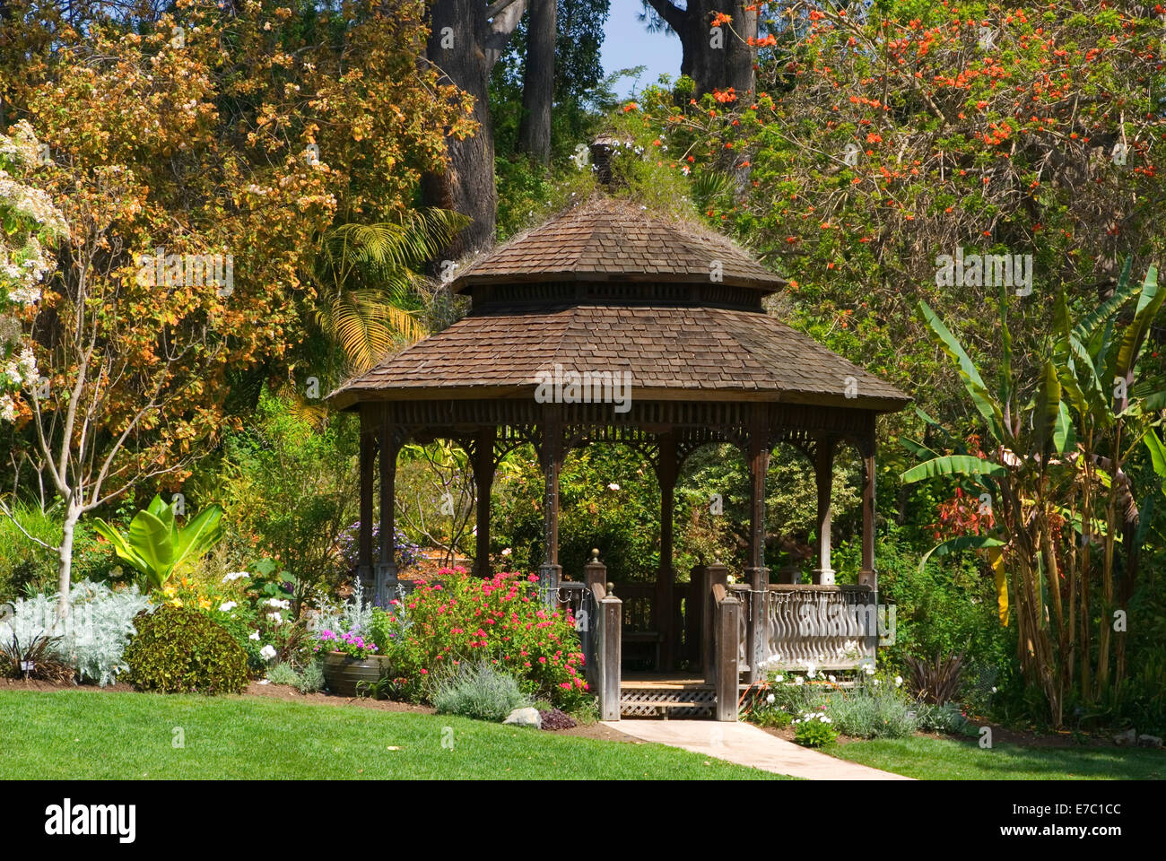 Gazebo, San Diego Botanic Garden, California Stock Photo: 73408620 ...