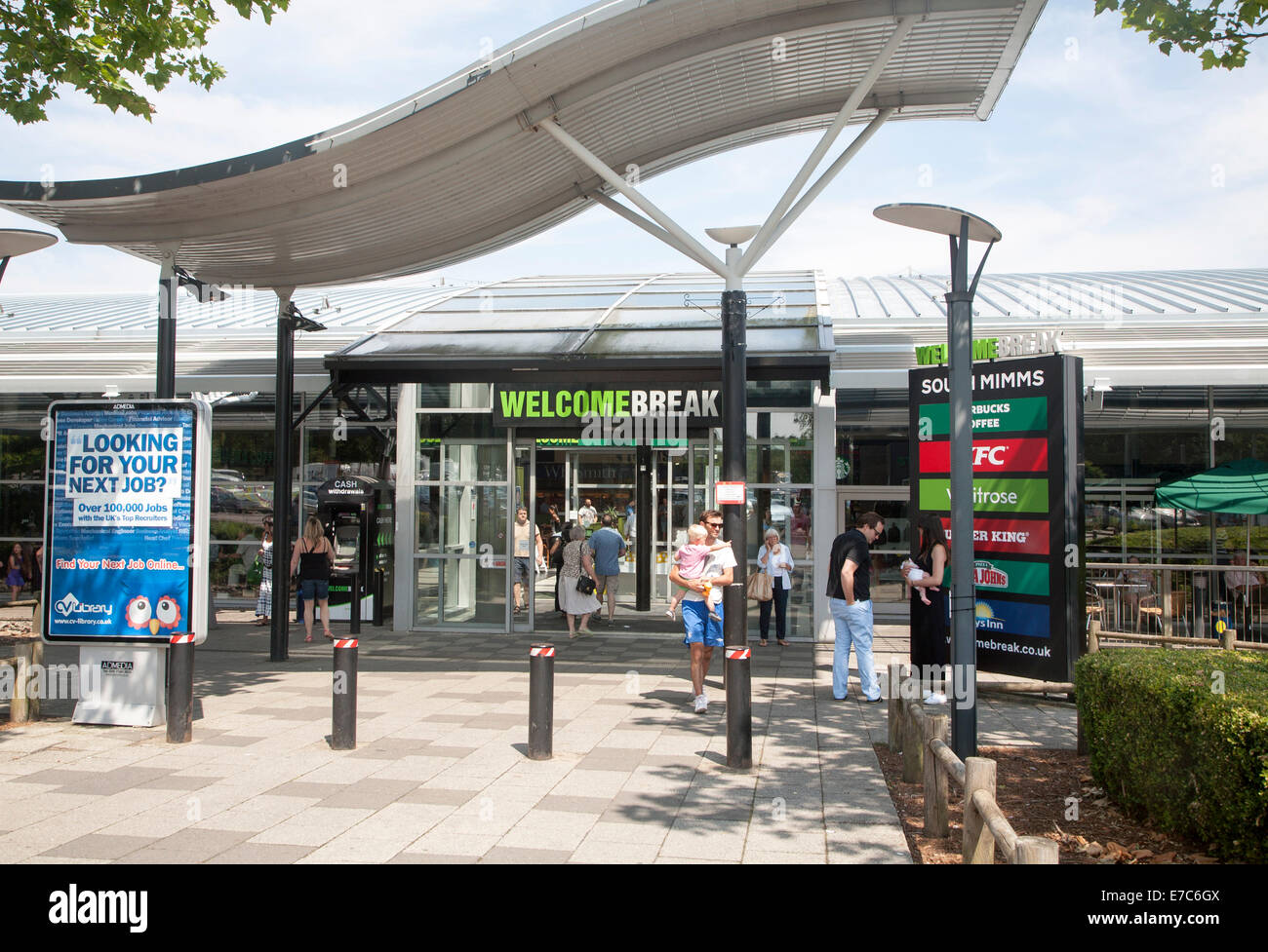 M25 motorway services at Welcome Break Service Station, South Mimms, Potters Bar, Hertfordshire, England - Stock Image