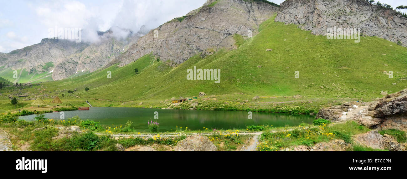 Rainbow Lake, Gilgit Baltistan, Pakistan - Stock Image