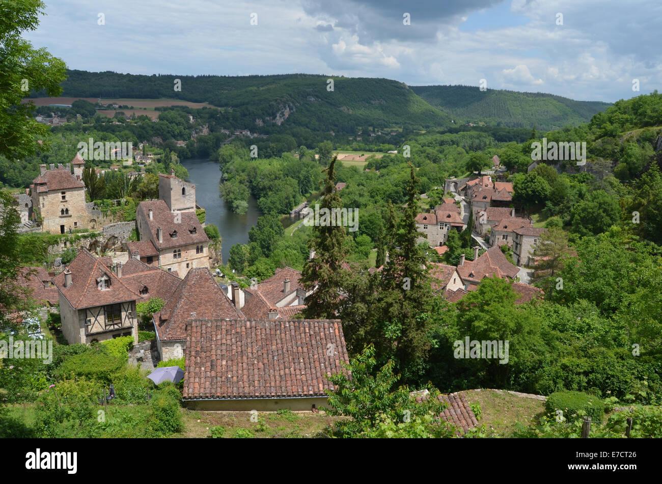 St Cirq la Popie, beautiful village in the Lot Region of SW France, May 2014 Stock Photo