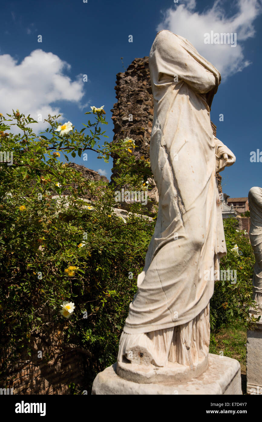 Headless Statue at the Ancient Roman Forum in Italy - Stock Image