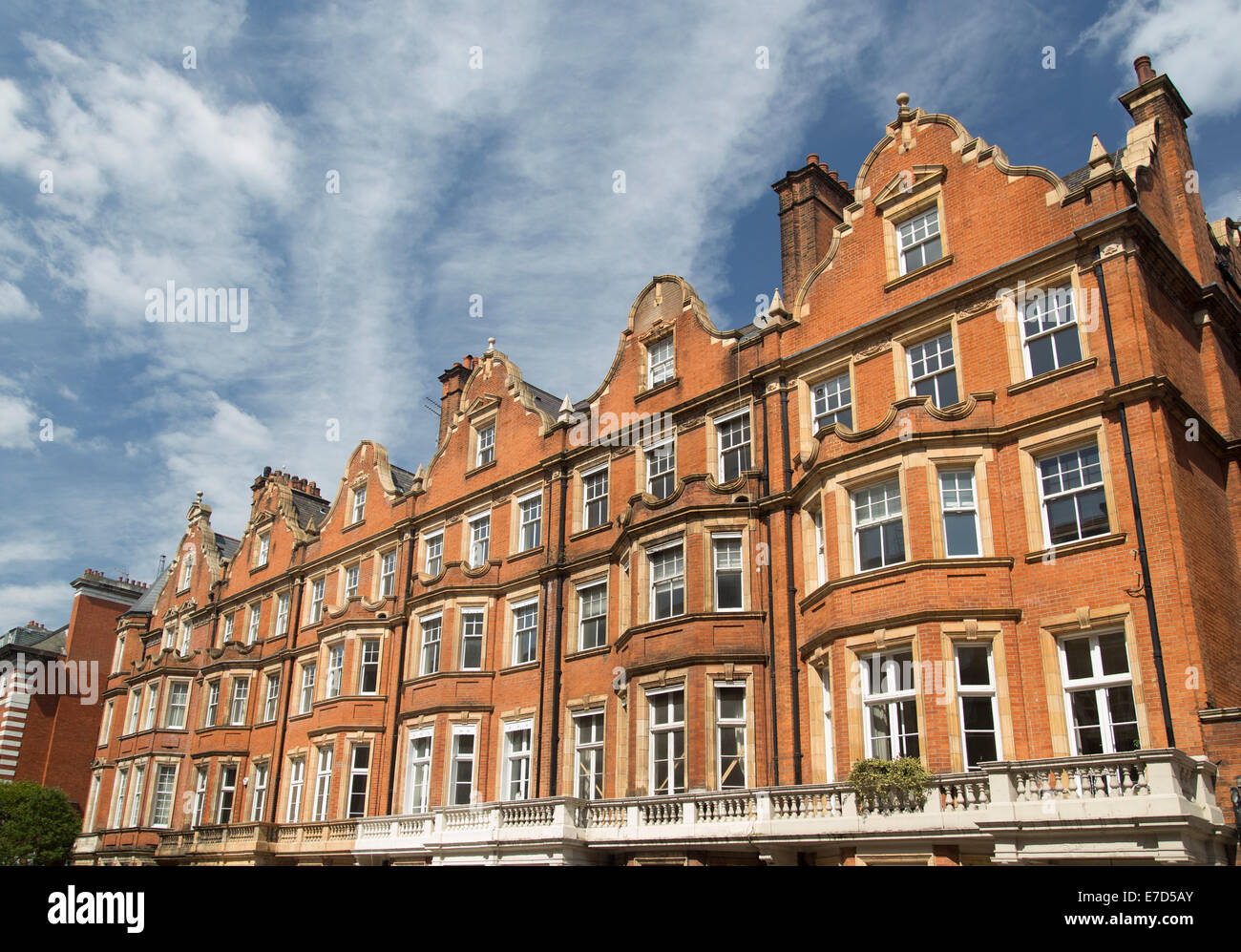 Red Brick Apartments Stock Photos & Red Brick Apartments Stock ...
