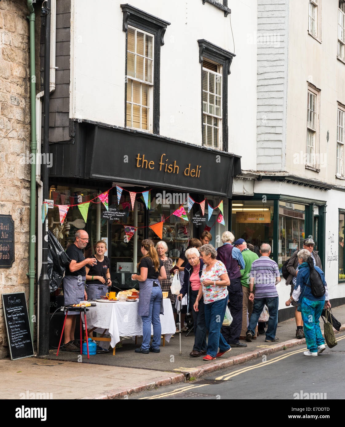 The Ashburton Food & Drink Festival. The Fish Deli does some street market trading. - Stock Image