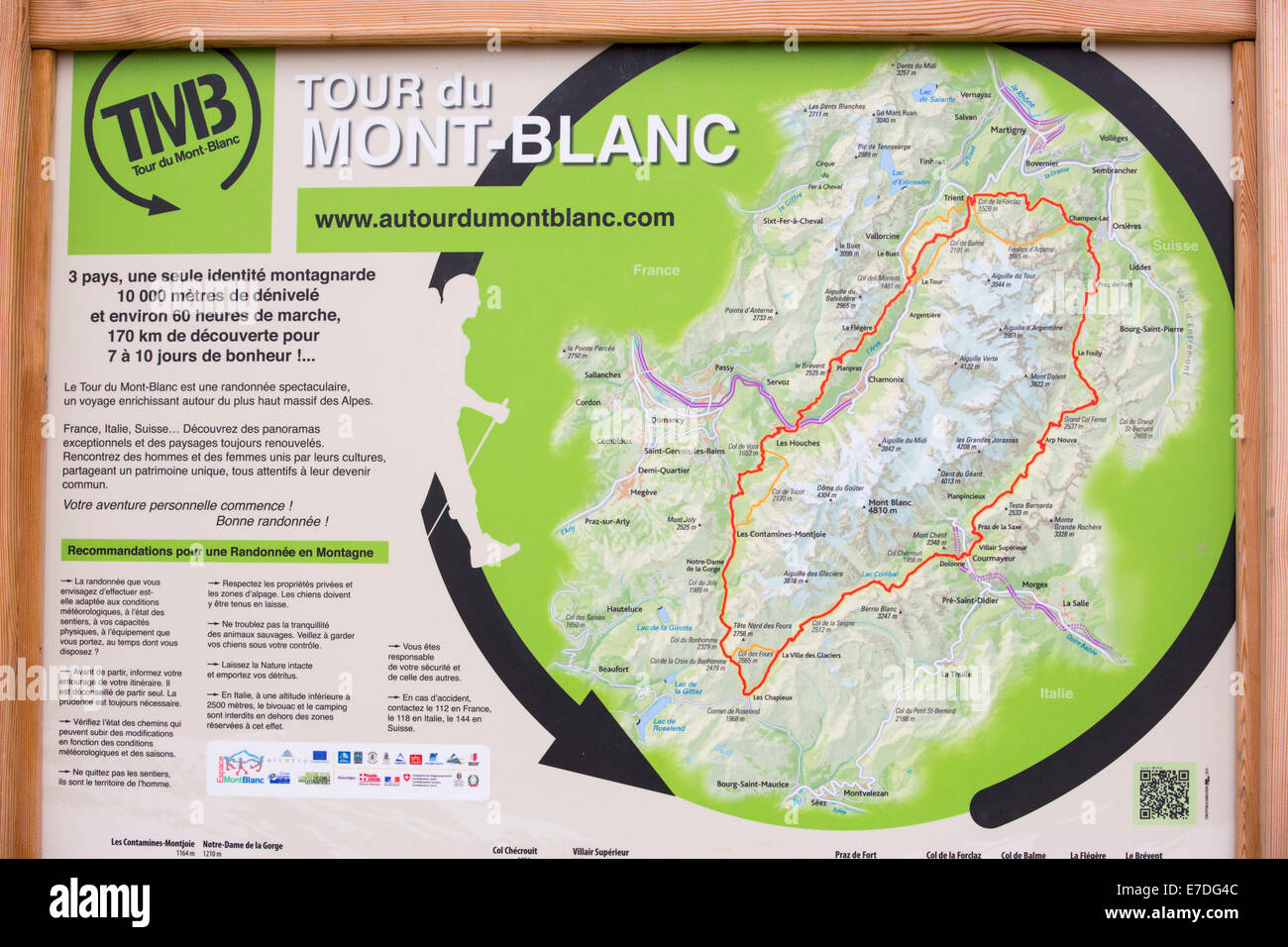 carte tour du mont blanc A map of the tour du Mont Blanc above Les Houches, France Stock
