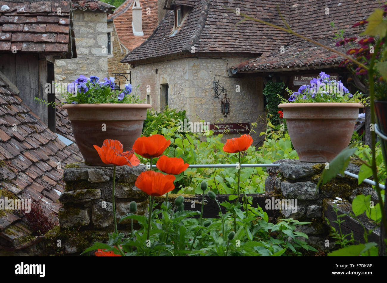 Saint-Cirq-Lapopie, Lot Department, SW France 2014 - Stock Image