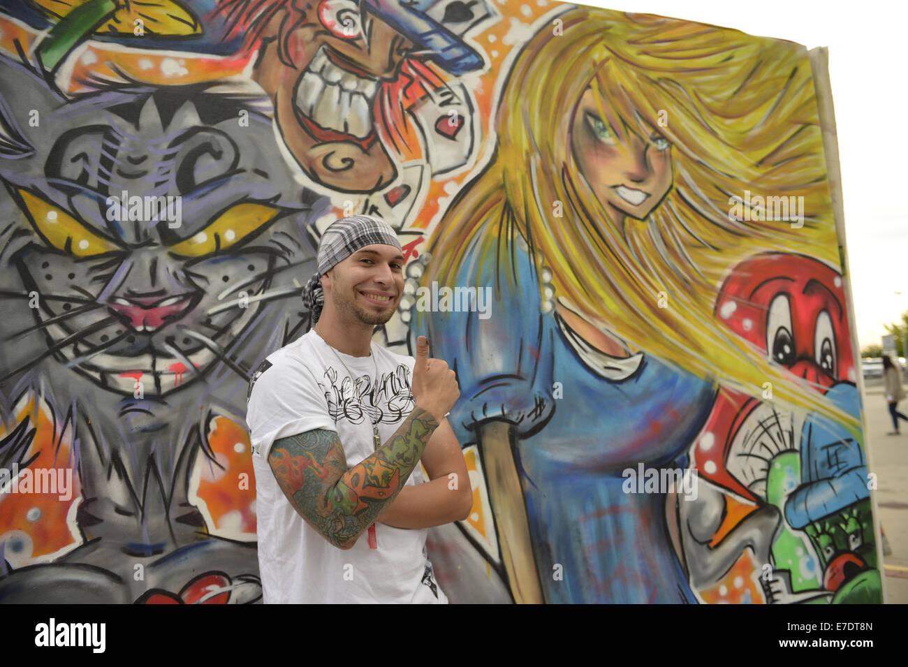 Garden City, New York, USA. 14th Sep, 2014. JEAN PAUL SALIBA, aka Draft, of Farmingdale, is a graffiti artist creating - Stock Image