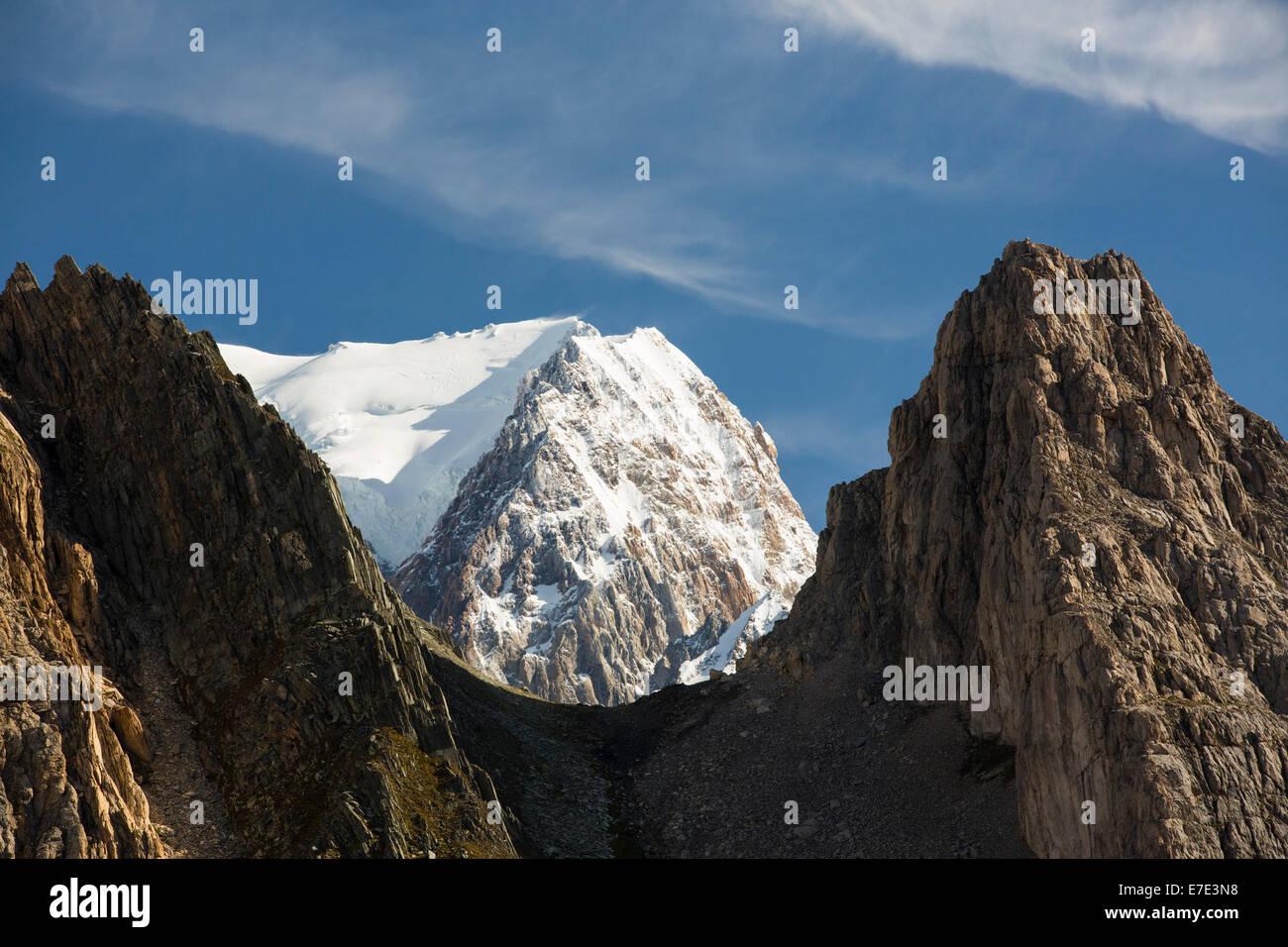 Looking towards Mont Blanc and Mont Blanc du Courmayeur from the Col de la Seigne, on the Tour de Mont Blanc, with - Stock Image