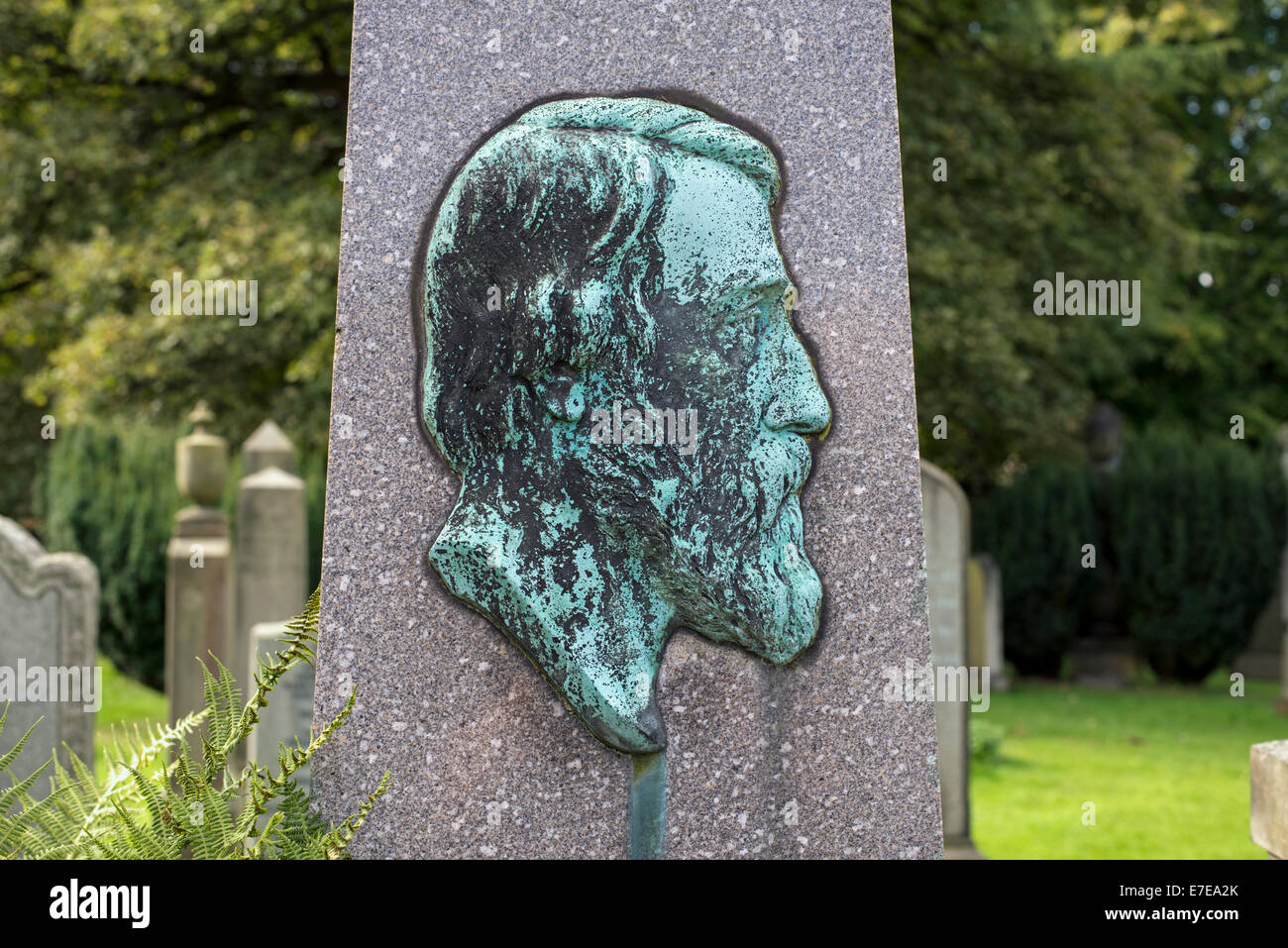 Bronze cameo featuring the profile of Scottish Anatomist, John Goodsir (1814-67). - Stock Image