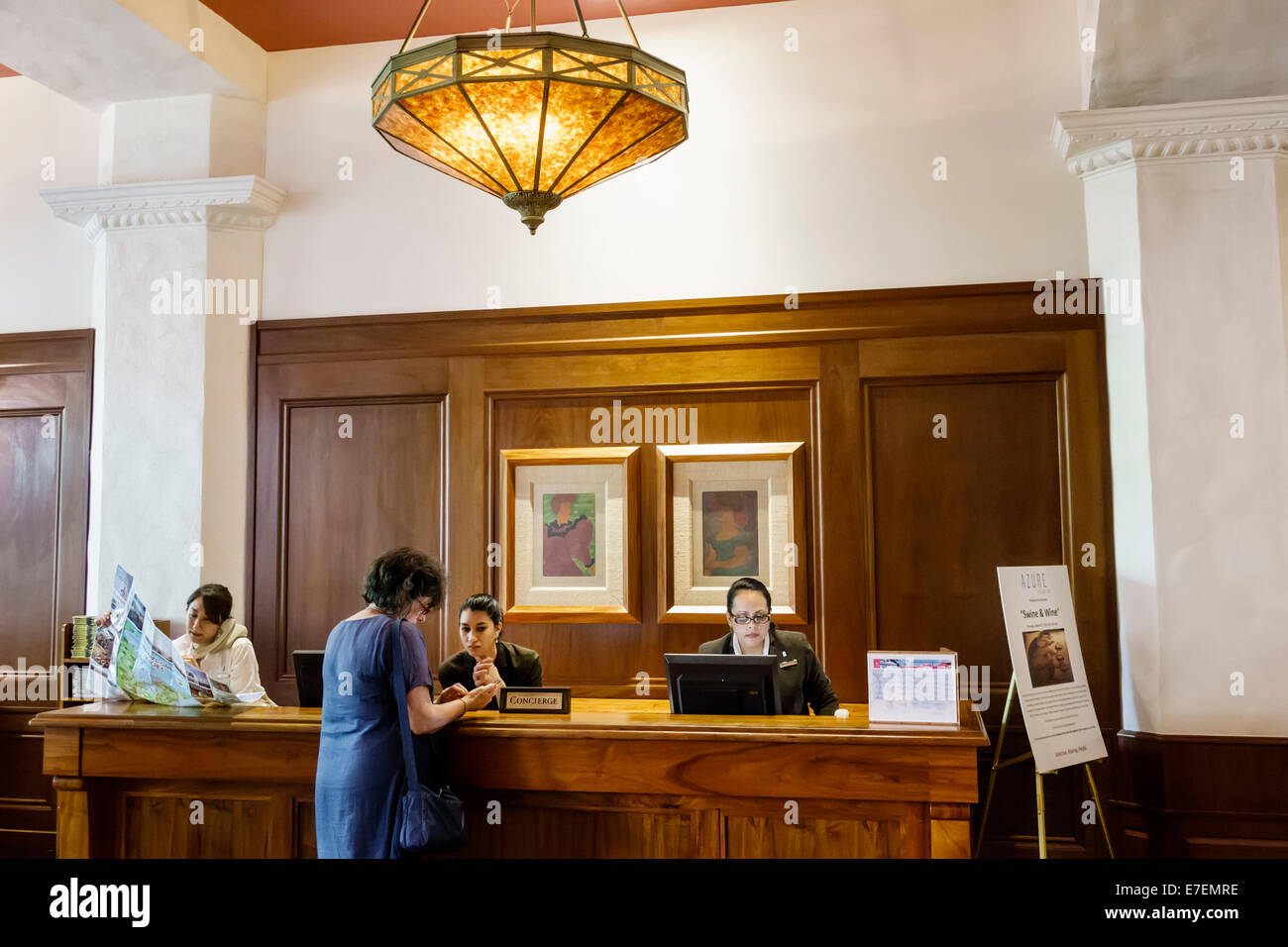 Royal Hawaiian Hotel Stock Photos & Royal Hawaiian Hotel Stock ...