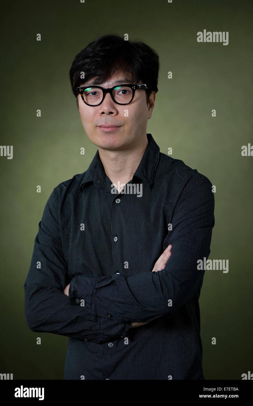 Modern South Korean writer Young-ha Kim appears at the Edinburgh International Book Festival. - Stock Image