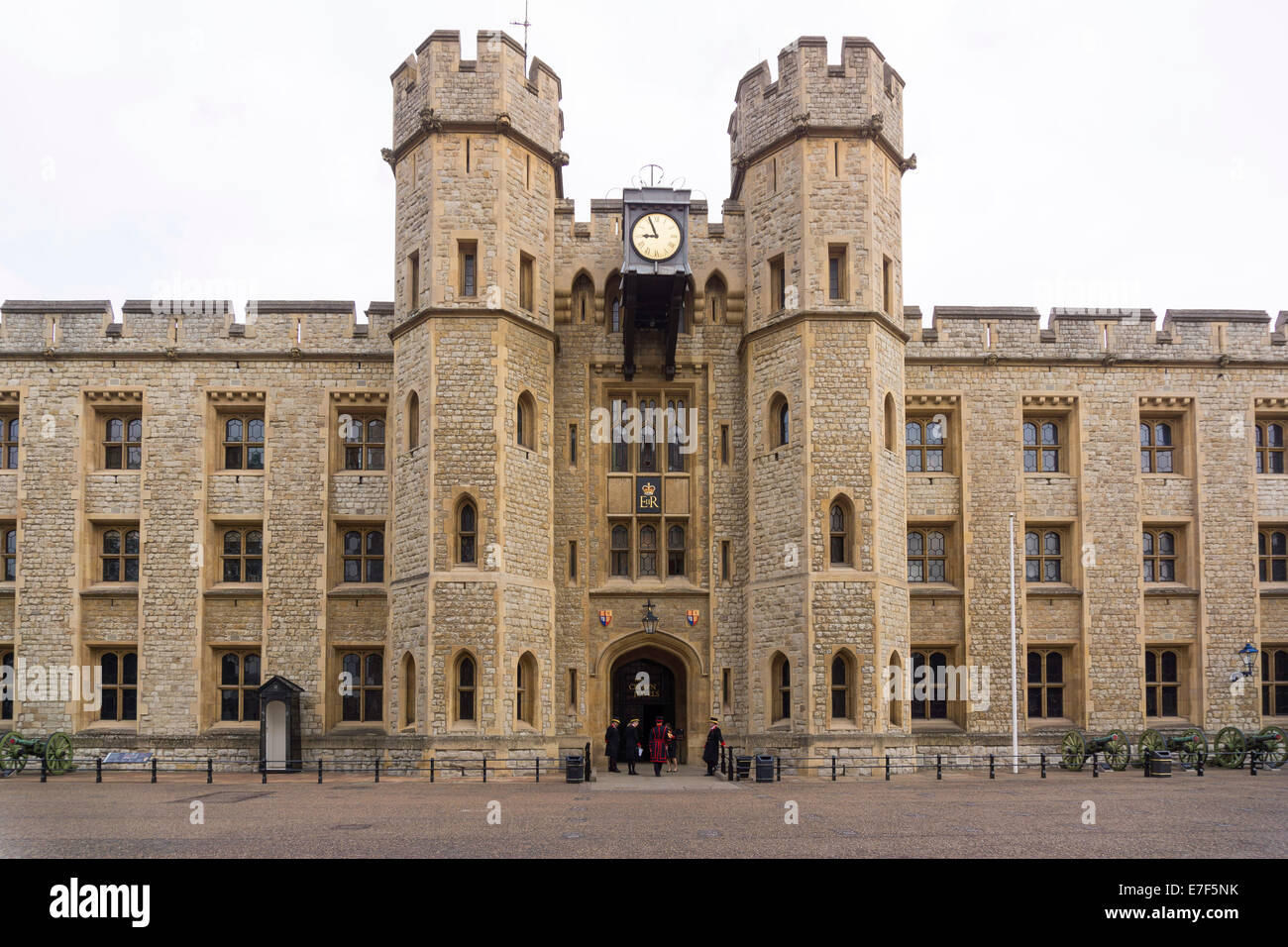 Waterloo Barracks with the Jewel House, site of the British Crown Jewels, Tower of London, UNESCO World Heritage - Stock Image