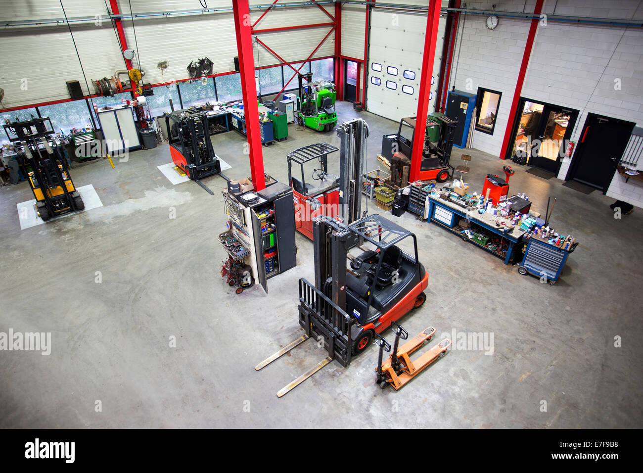 Overhead view of machinery in warehouse office - Stock Image