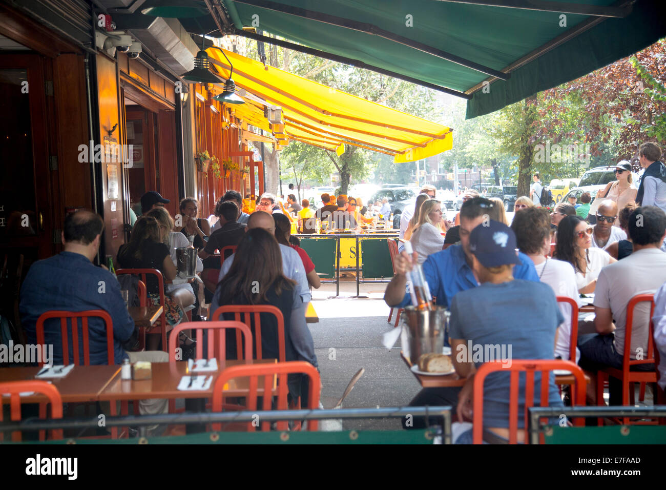 Greenwich Village restaurant al fresco dining sunday brunch - Stock Image