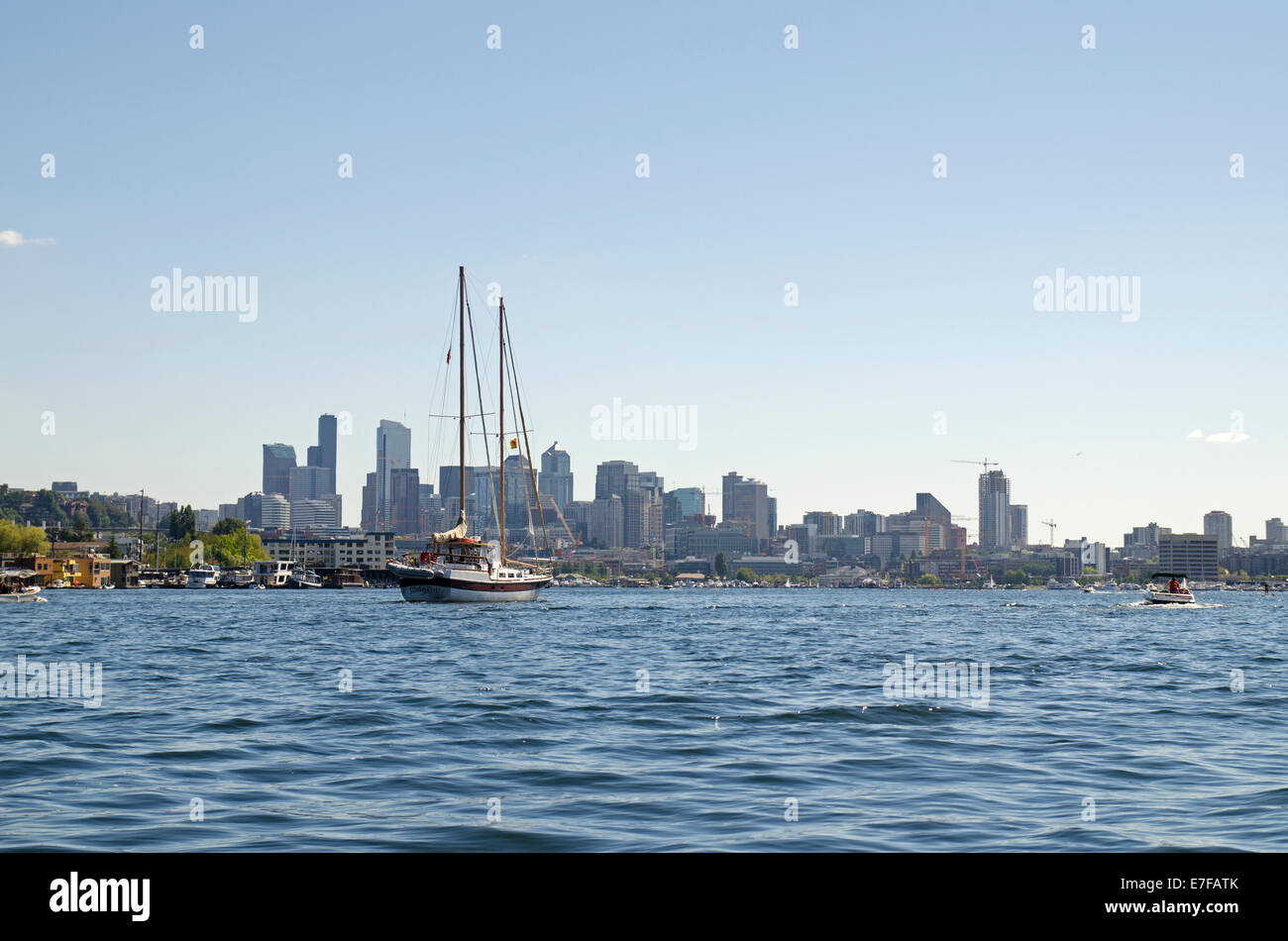 View of skyscrapers over Lake Union, Seattle - Stock Image