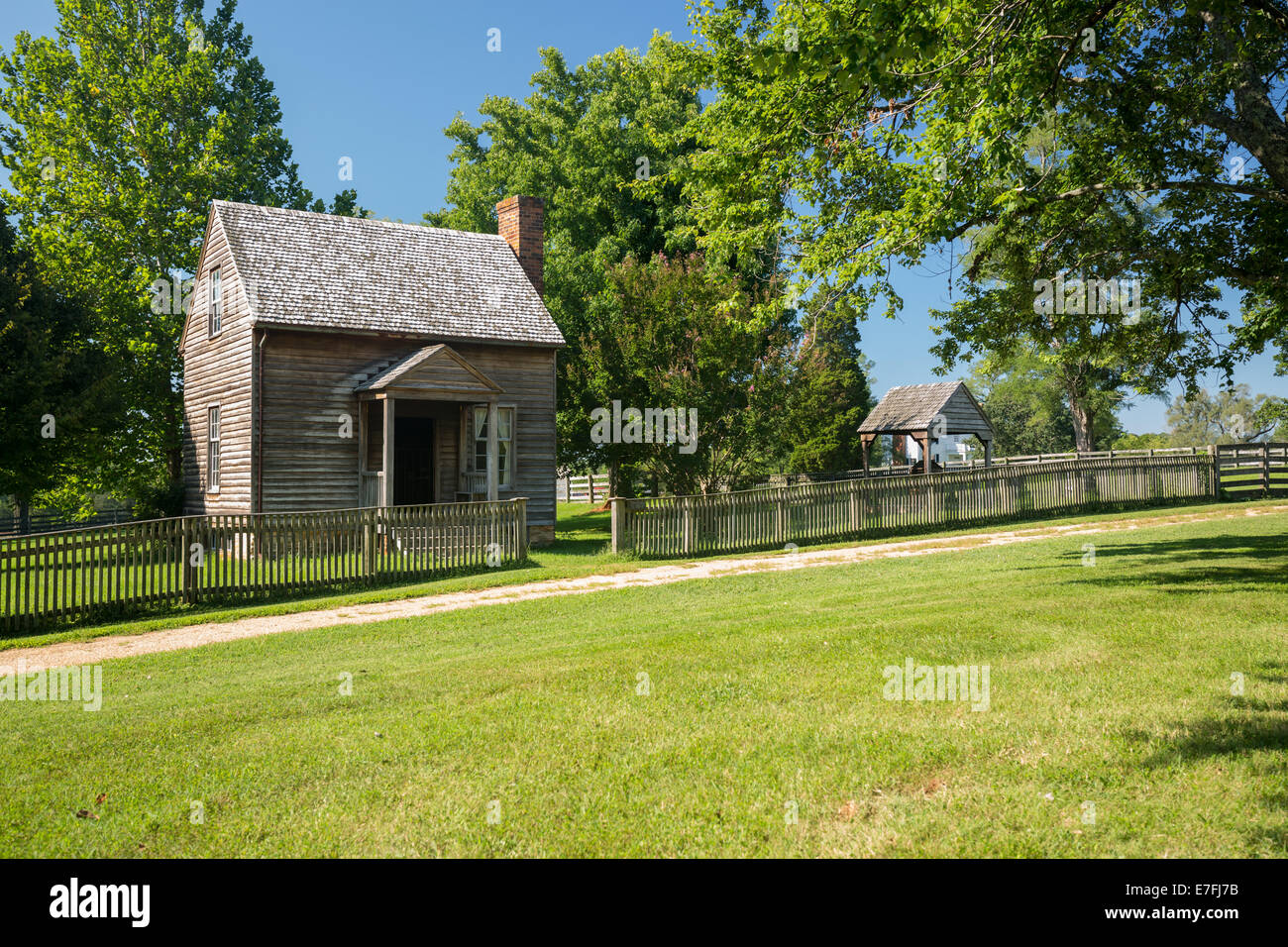 Jones Law Office cabin at Appomattox County Courthouse National Park Virginia - Stock Image