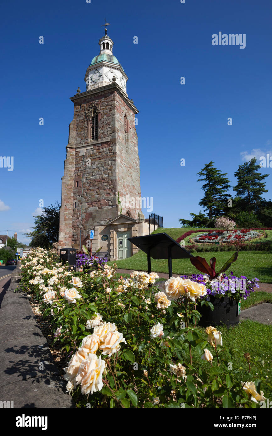The Pepperpot and town on the River Severn, Upton upon Severn, Worcestershire, England, United Kingdom, Europe - Stock Image