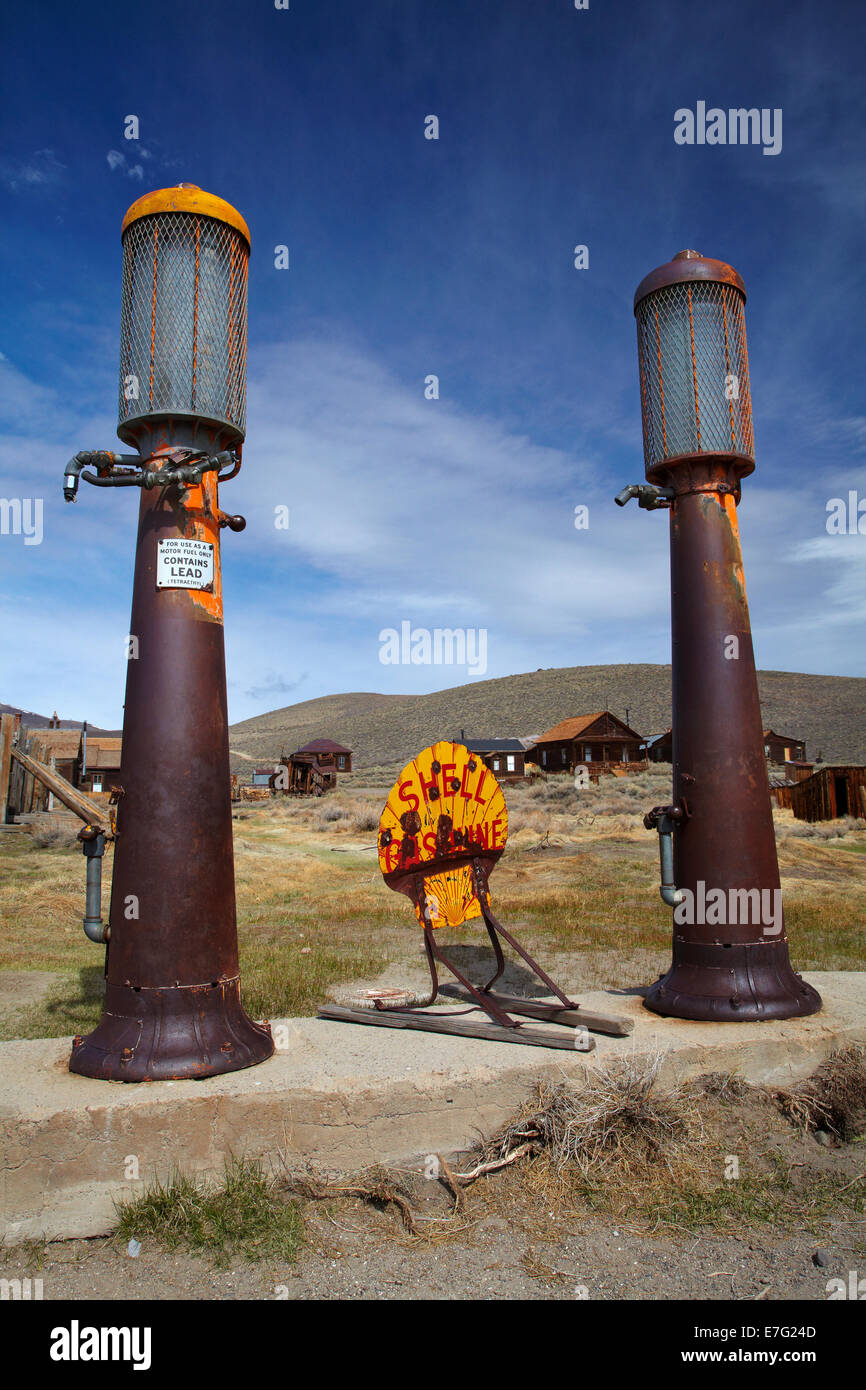 Old gas pumps, Bodie Ghost Town ( elevation 8379 ft / 2554 m ), Bodie Hills, Mono County, Eastern Sierra, California, - Stock Image