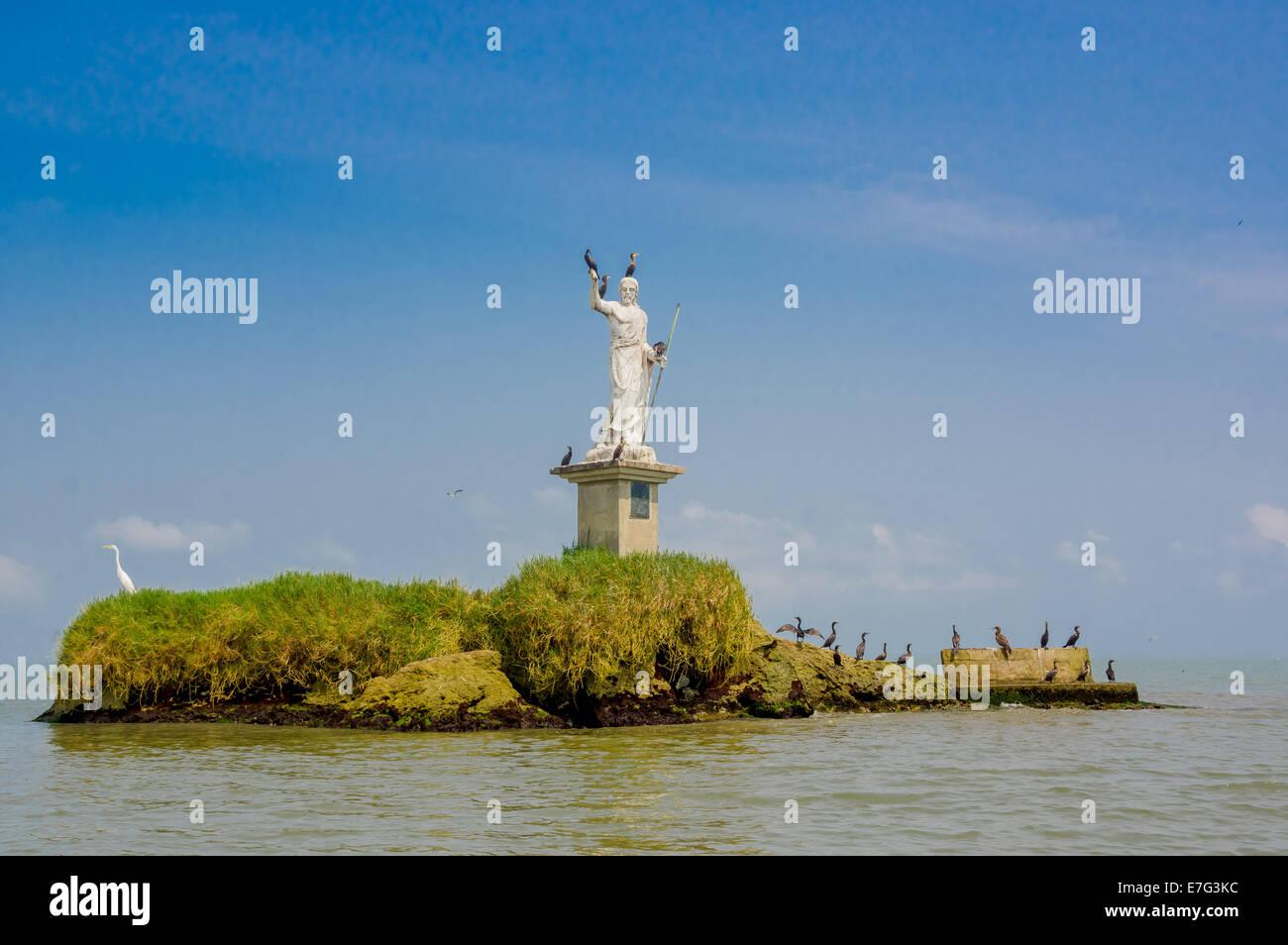 statue in livingston guatemala - Stock Image