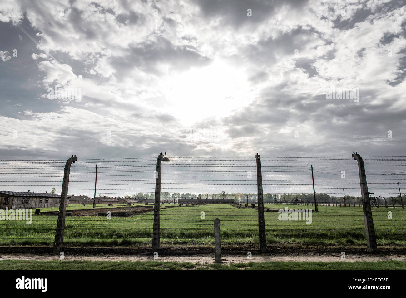 Barbed wire fence, Auschwitz II-Birkenau extermination camp, Oswiecim, Poland - Stock Image